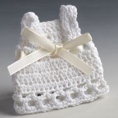 Vestidito ganchillo blanco+imperdible 7x7cm