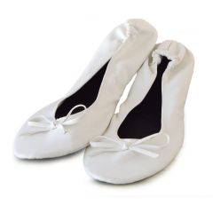 White synthetic leather roll-up slippers with bag size M