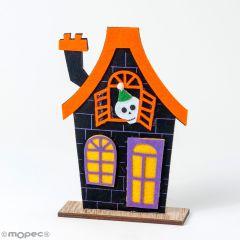 Maison de feutre d'Halloween avec base en bois 12x18cm.