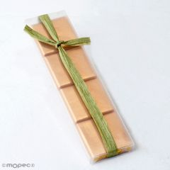 Estuche adornado rafia verde con 4 napolitanas*