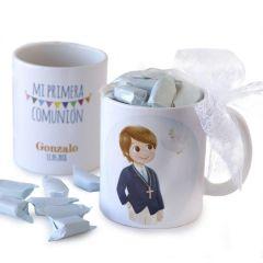 Taza cerámica niño Comunión en caja regalo con 7 caramelos