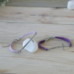 Bracelet croix avec strass lilas/rose