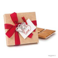 Caja 4 napolitanas con broche corazón strass y tarjeta love