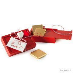 Boîte en bois rouge 2 coeur et 4 chocolats