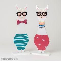 Figura in legno lama con occhiali