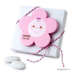 Imán madera flor color rosa en estuche con 5 peladillas